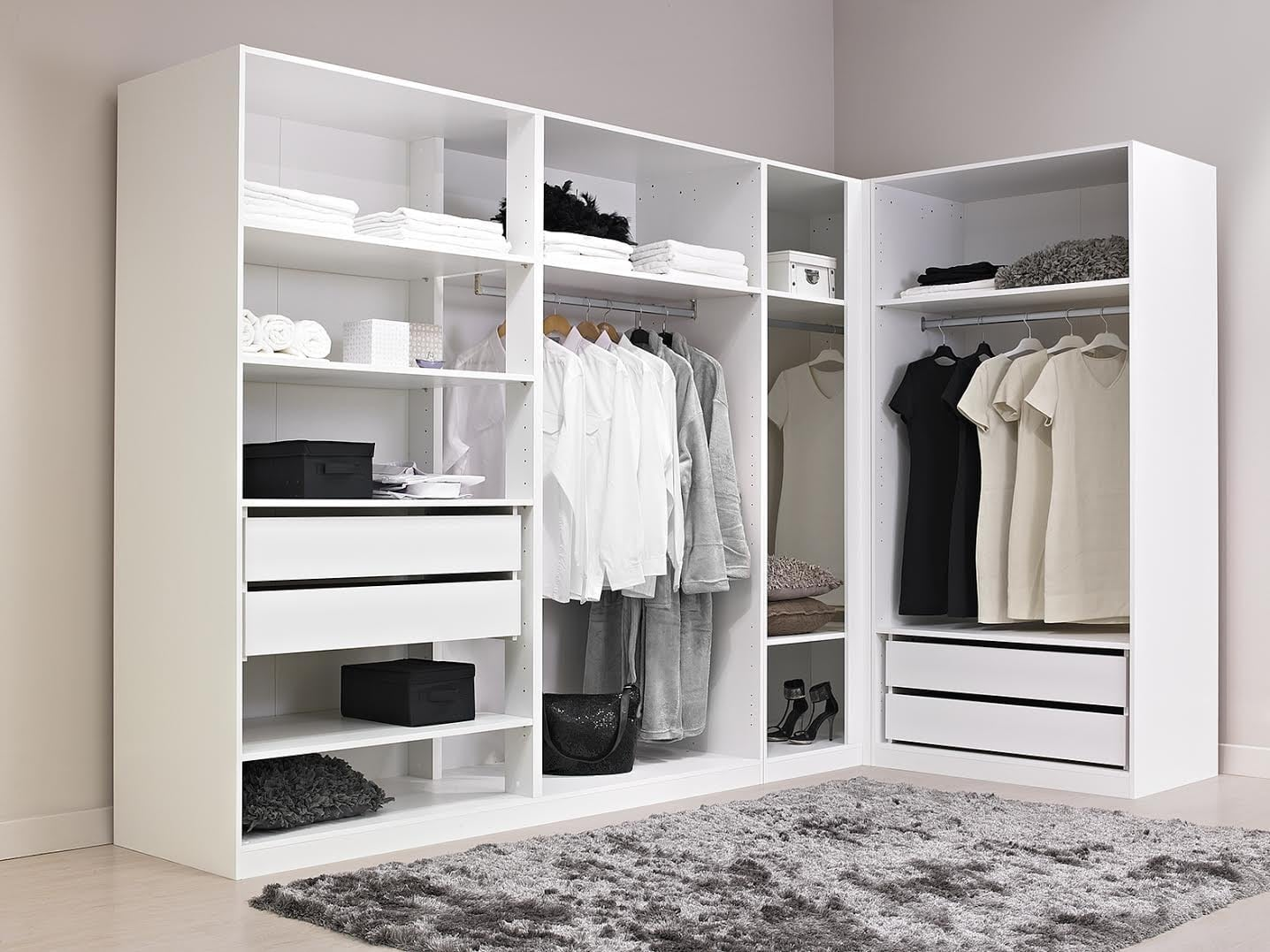 Comment ranger son dressing m thodes optimales de rangement for Dressing chambre pas cher