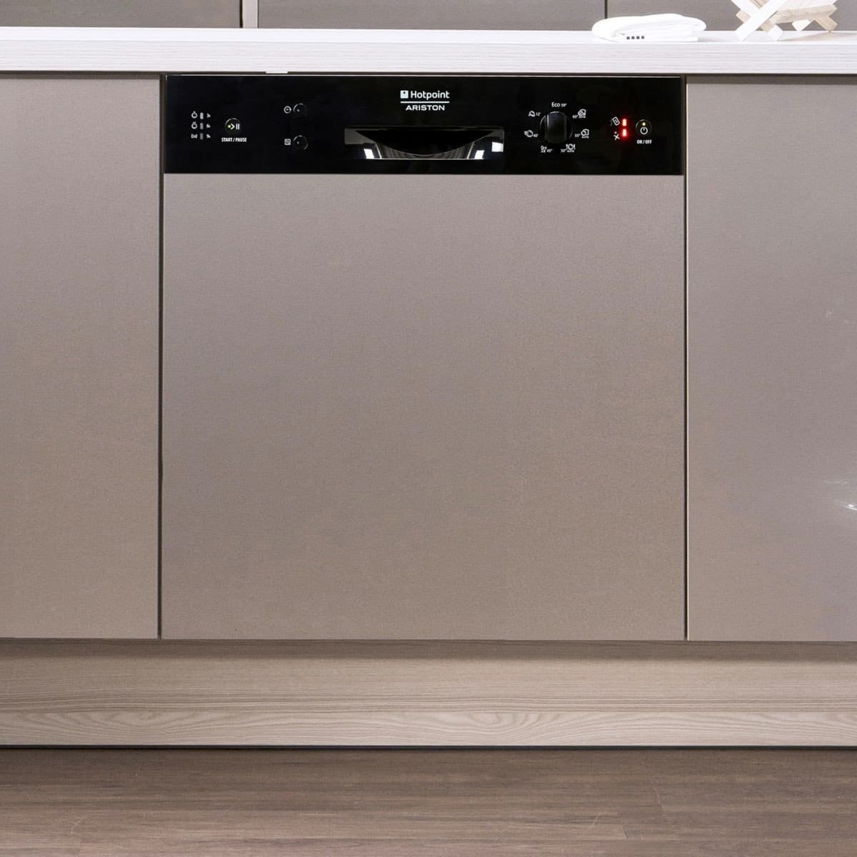 avis lave vaisselle hotpoint test comparatif. Black Bedroom Furniture Sets. Home Design Ideas
