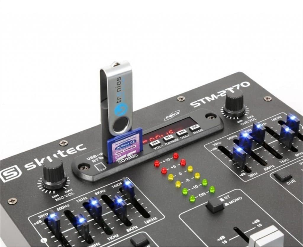 avis table mixage skytec